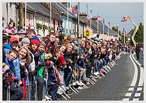 Moneygall Community waiting for the visit of President Obama
